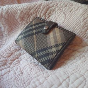 BURBERRY wallet lightly used Blue Label